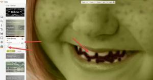 5Meisje veranderen in heks tanden er slecht uit laten zien